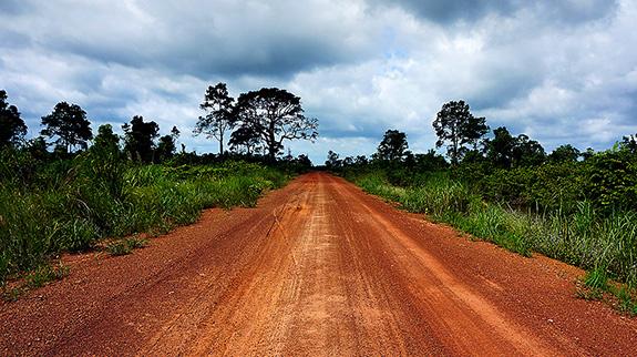 カンボジア赤土